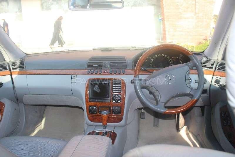 Mercedes Benz S Class S 320 2000 Image-14