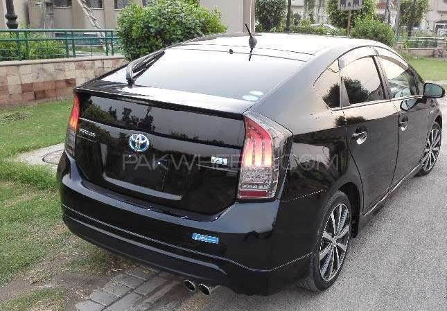 Toyota Prius G Touring Selection Leather Package 1.8 2012 Image-4