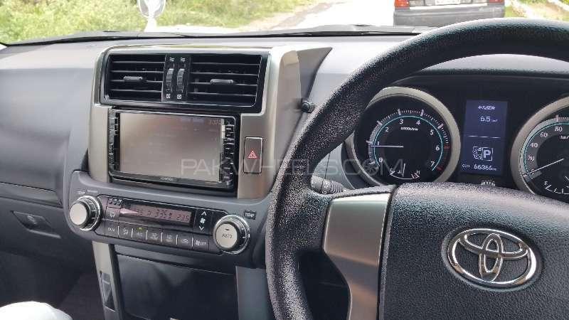 Toyota Prado TX 4.0 2010 Image-8