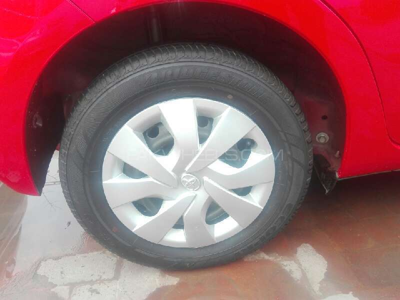 Toyota Vitz 2015 Image-8