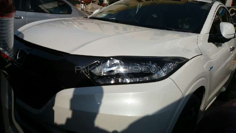 Honda Vezel 2014 Image-2