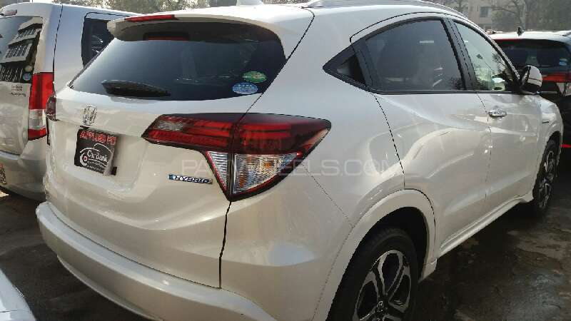 Honda Vezel 2014 Image-3
