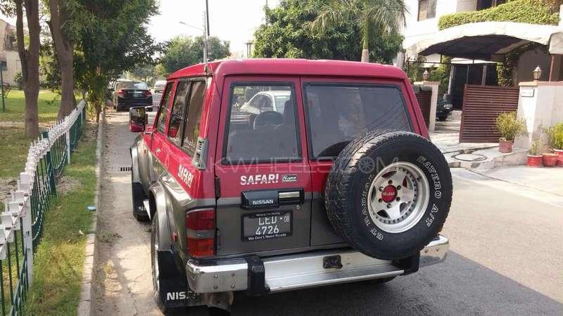 Nissan Safari 1990 Image-2