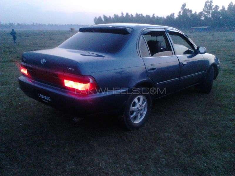 Toyota Corolla XE 2002 Image-6