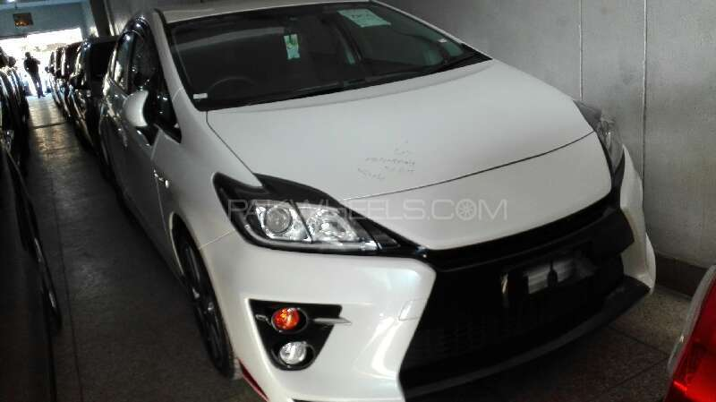 toyota prius s touring selection gs 1 8 2012 for sale in