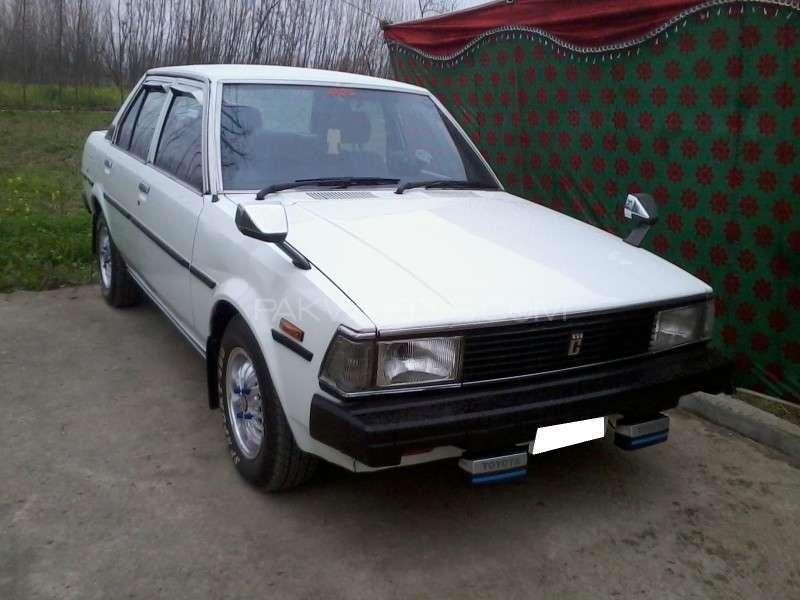 Toyota Corolla GL Saloon 1982 Image-5