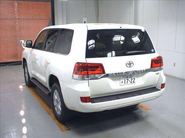 Toyota Land Cruiser AX 2015 Image-2