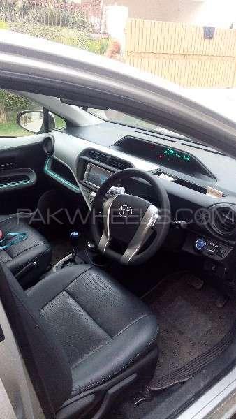 Toyota Aqua S 2013 Image-3