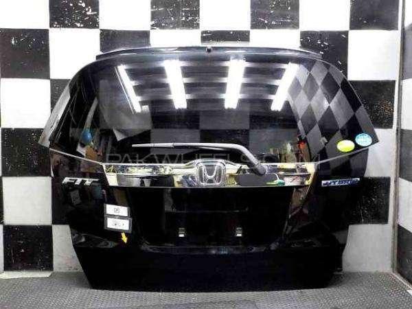 honda fit hybrid back door Image-1