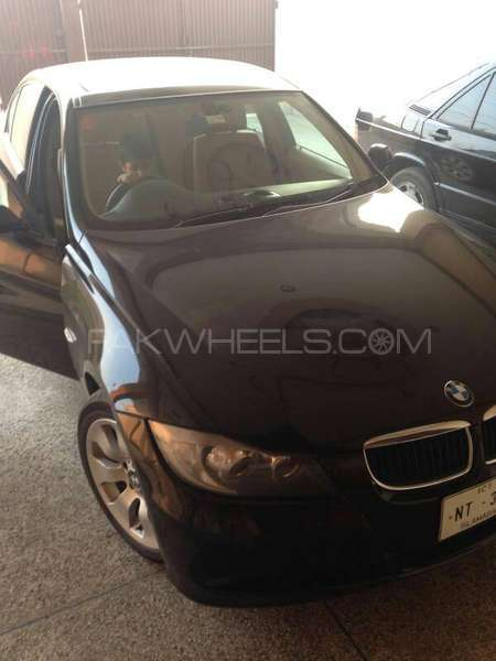 BMW 3 Series - 2007  Image-1