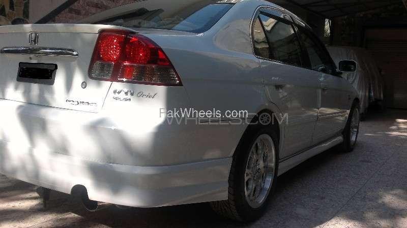 Honda Civic - 2003 FAHEEM Image-5