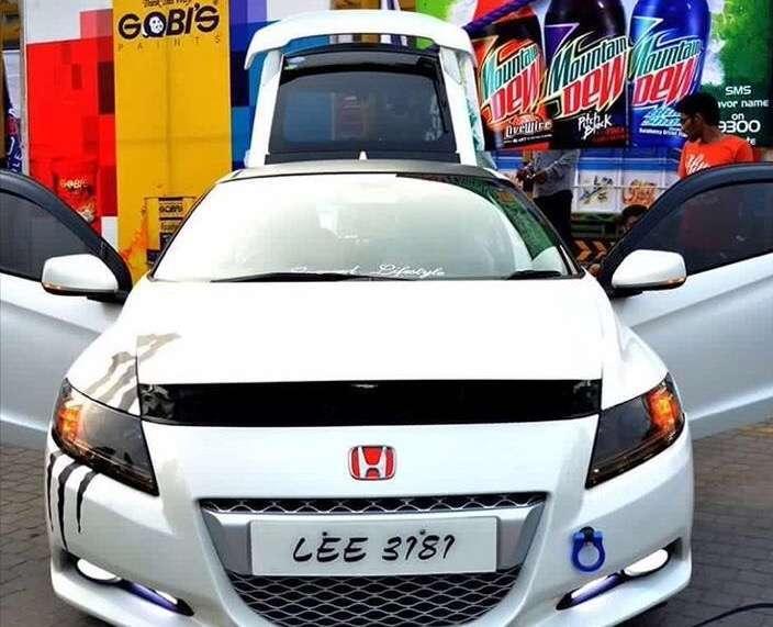 Honda CR-Z Sports Hybrid - 2015  Image-1