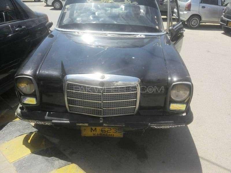 Mercedes Benz E Class - 1973  Image-1