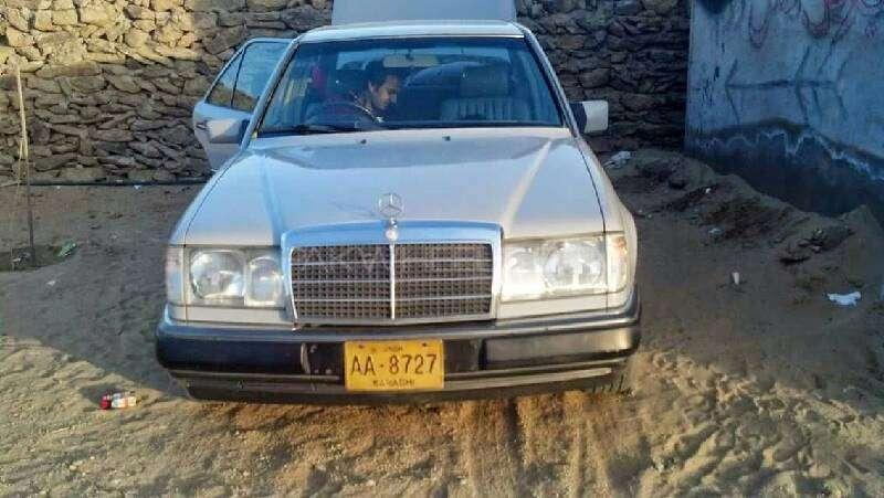 Mercedes Benz E Class - 1991 Faryaal.  Image-1