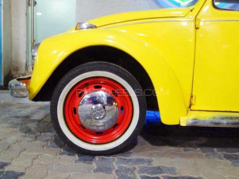 Volkswagen Beetle - 1971 Bee  Image-1
