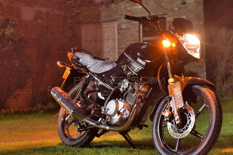 Yamaha YBR 125 - 2016  Image-1
