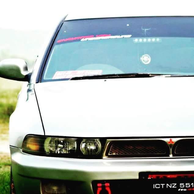 Mitsubishi Galant - 2000  Image-1