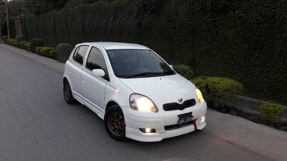 Toyota Vitz - 2004  Image-1