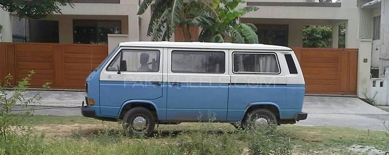 Volkswagen Kombi - 1986  Image-1