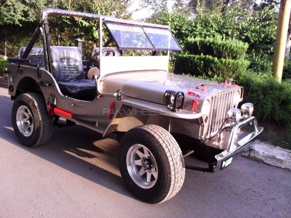Willys M38 - 1942  Image-1