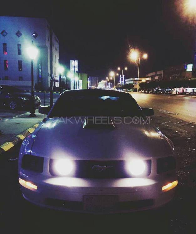Ford Mustang - 2008  Image-1
