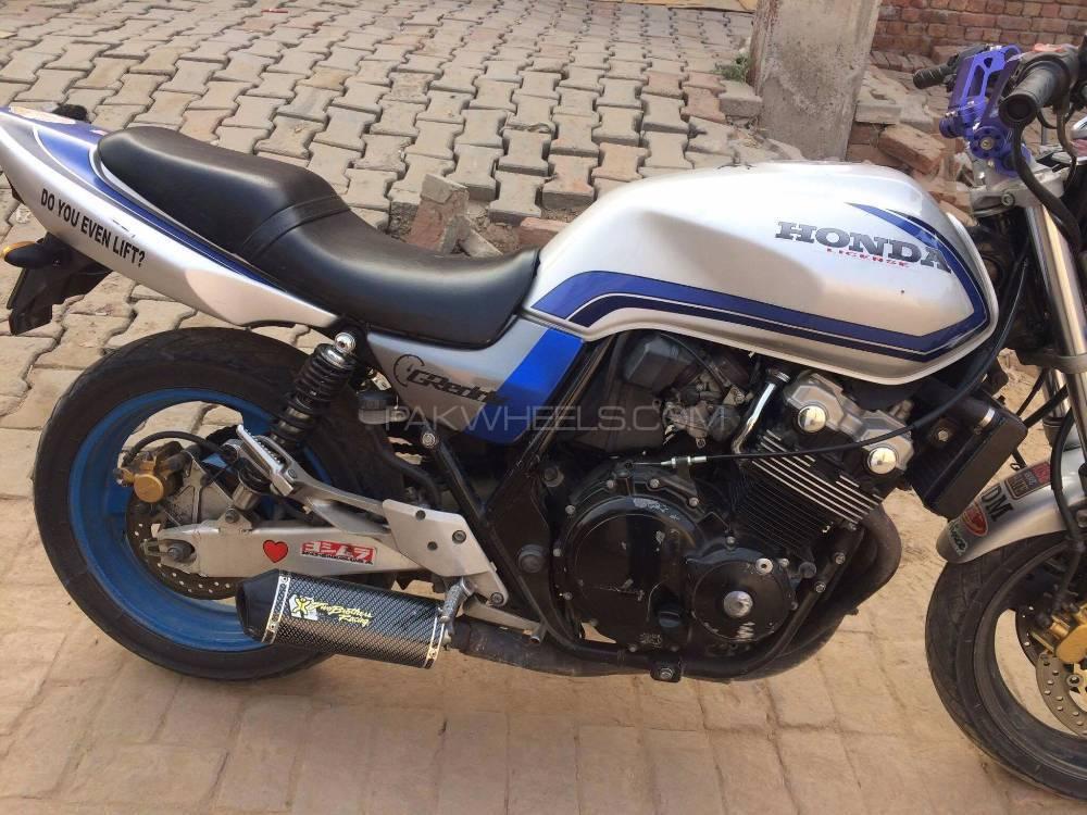 Honda CB400 - 1998  Image-1