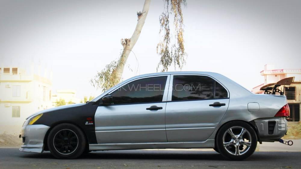Mitsubishi Lancer - 2007  Image-1