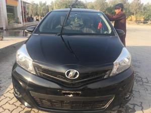Toyota Vitz - 2012