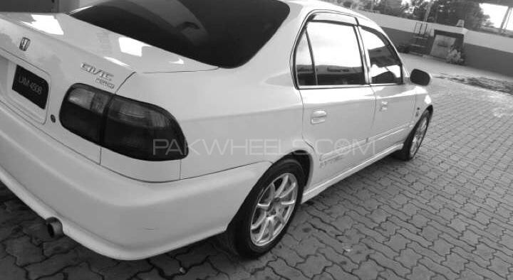 Honda Civic - 1999  Image-1