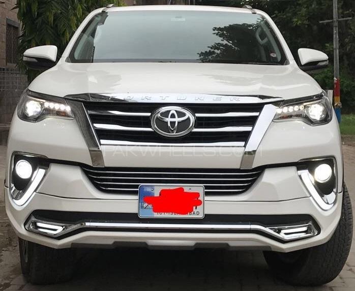 Toyota Fortuner - 2017  Image-1
