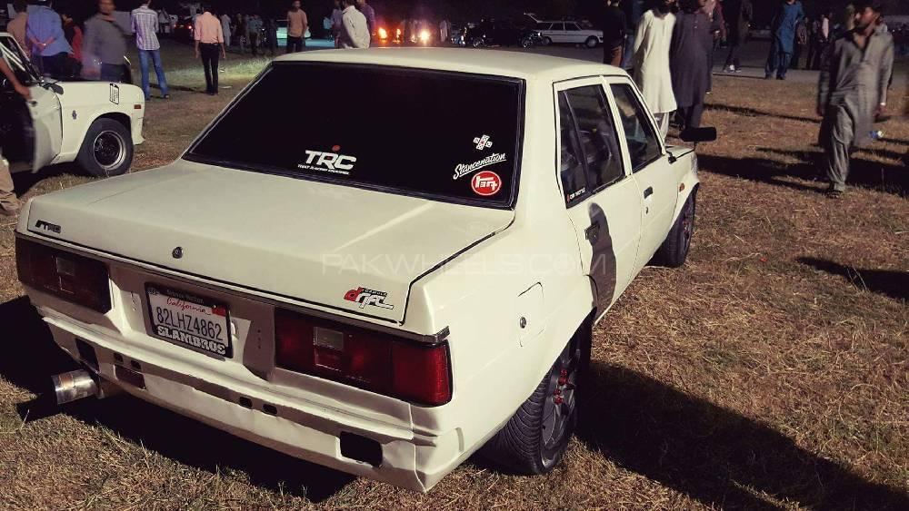 Toyota Corolla - 1982 ke70 Image-1