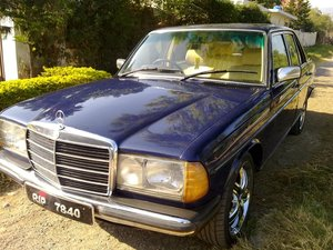 Mercedes Benz D Series - 1977