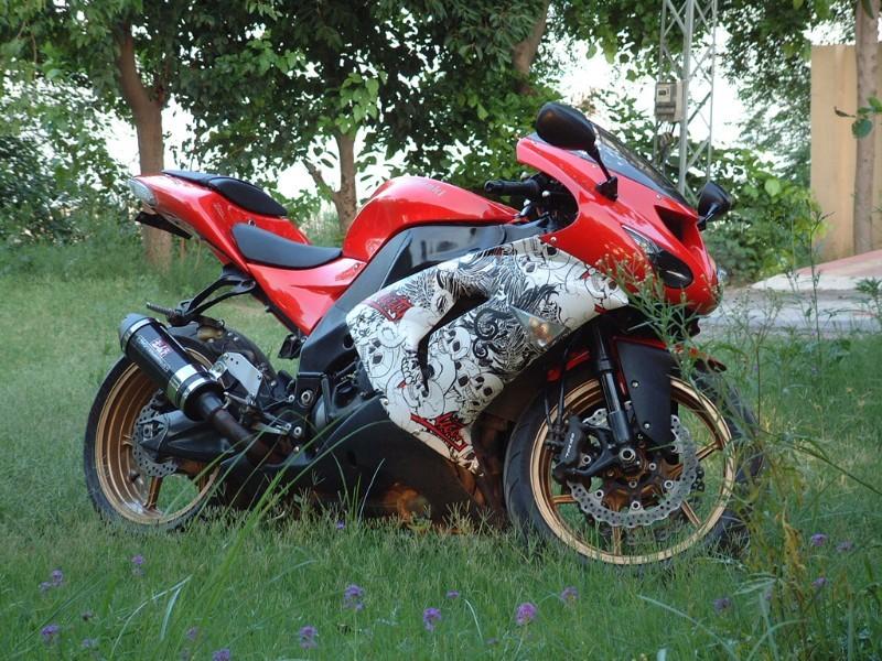 Used Kawasaki Ninja R Parts
