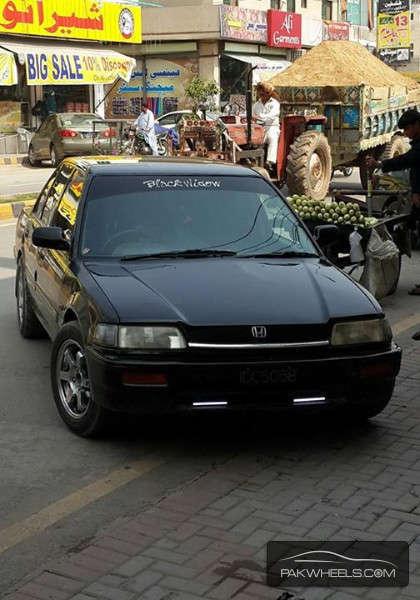 Honda Civic - 1988 Blackwidow Image-1
