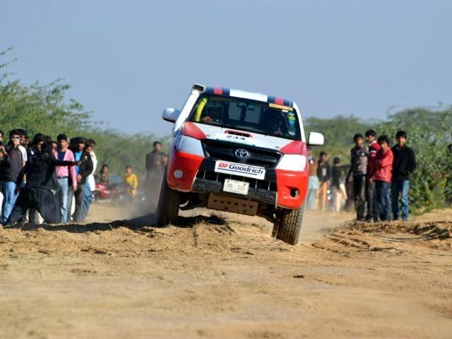 Toyota Hilux - 2005 Vigo Image-3