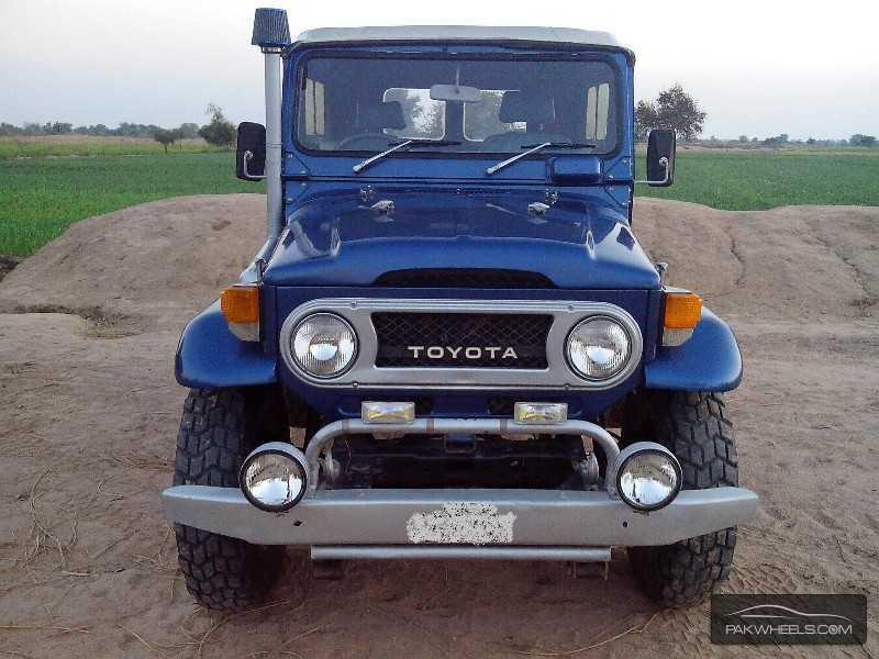 Toyota Land Cruiser 1975 of asaabbasi - Member Ride 20909 | PakWheels