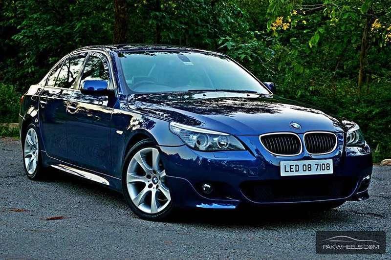 BMW 5 Series - 2004 Haroon Ahmed Image-1
