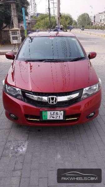 Honda City - 2011 Habanero red Image-1