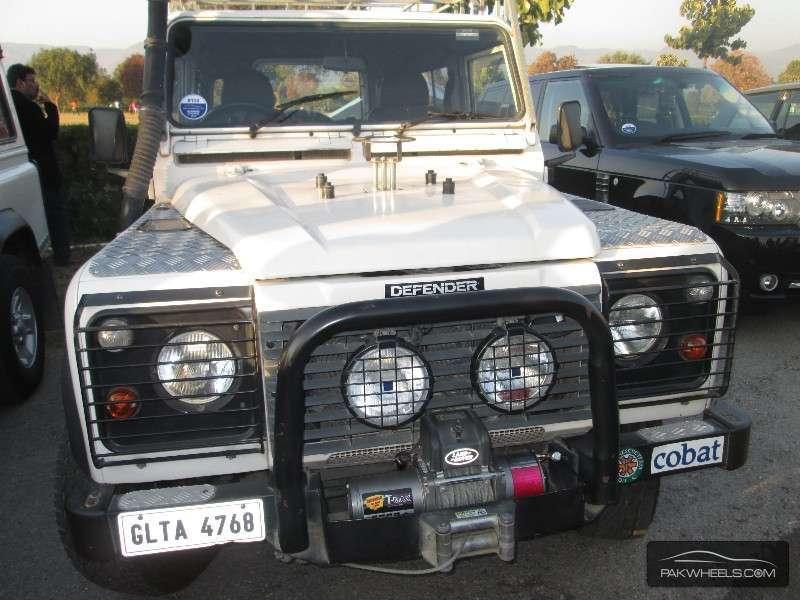 Land Rover Defender - 1994  Image-1