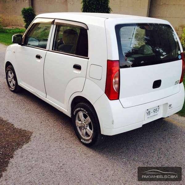 Suzuki Alto Lapin - 2014  Image-1