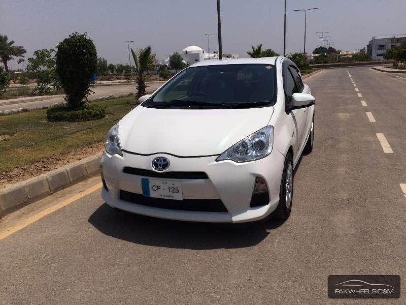 Toyota Aqua - 2012 AQUA Image-1