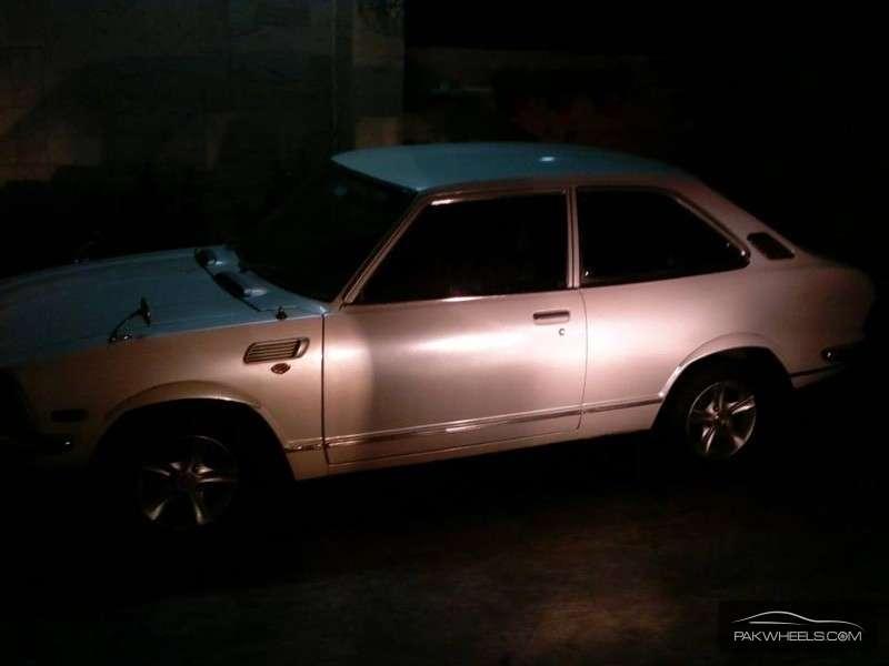 Toyota Corolla - 1974 KE20 Image-1