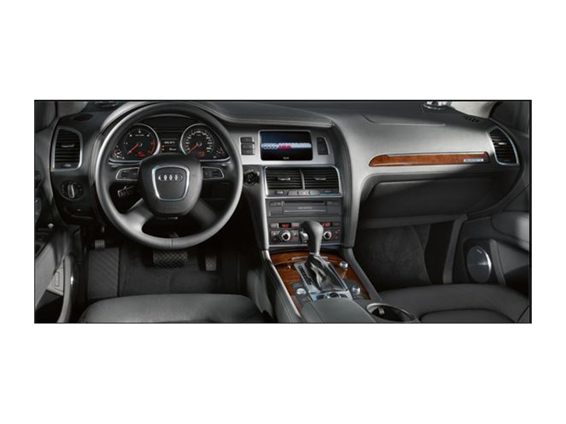 Audi Q7 2015 Interior Dashboard