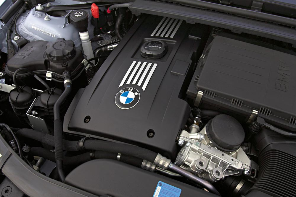 BMW 3 Series Exterior Engine Bay