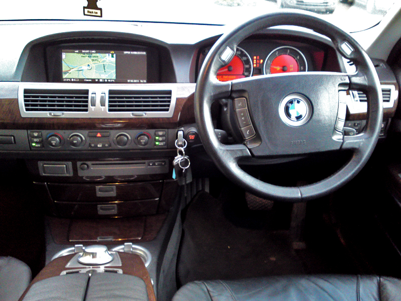 bmw 7 series 730d in pakistan 7 series bmw 7 series 730d. Black Bedroom Furniture Sets. Home Design Ideas