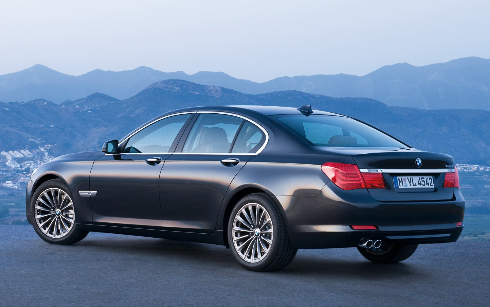 Bmw 7 Series Price In Pakistan Pictures And Reviews Pakwheels