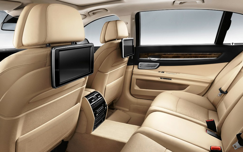 BMW 7 Series 2015 Interior Rear Cabin