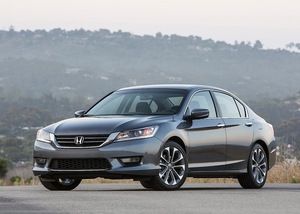 Honda Accord 2013 Exterior Front Side Views