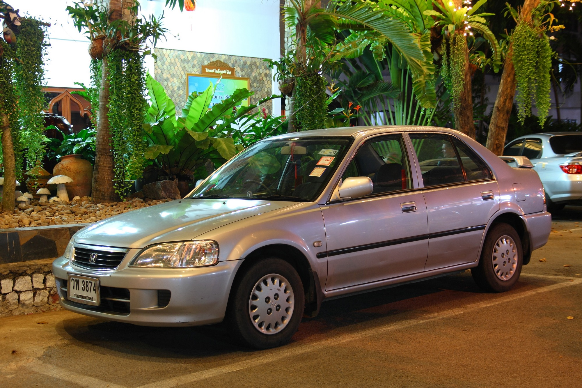 Honda City 2003 Exterior Front Side View
