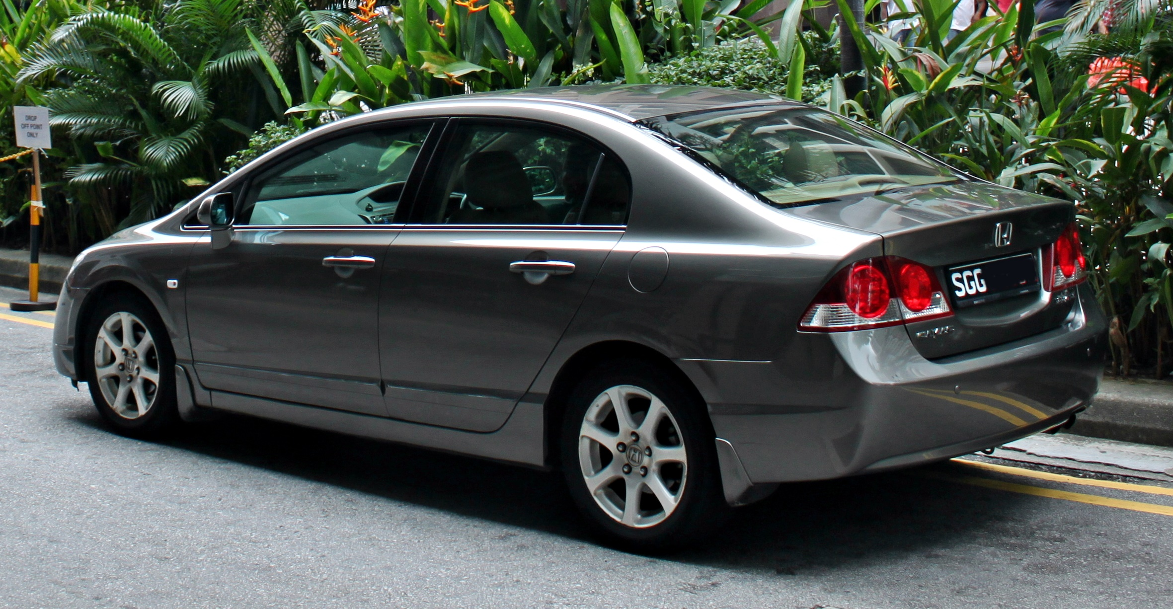 honda civic 2006 2012 prices in pakistan pictures and reviews pakwheels. Black Bedroom Furniture Sets. Home Design Ideas